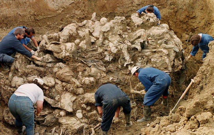 Massgrav i Srebrenica